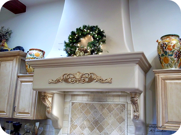 A Festive Christmas Kitchen {Inspiration Affirmation}