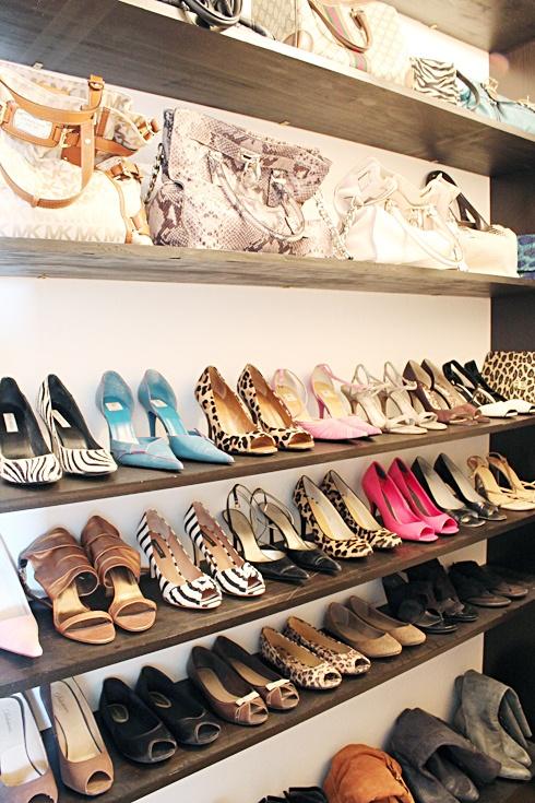 shoe rack closet design